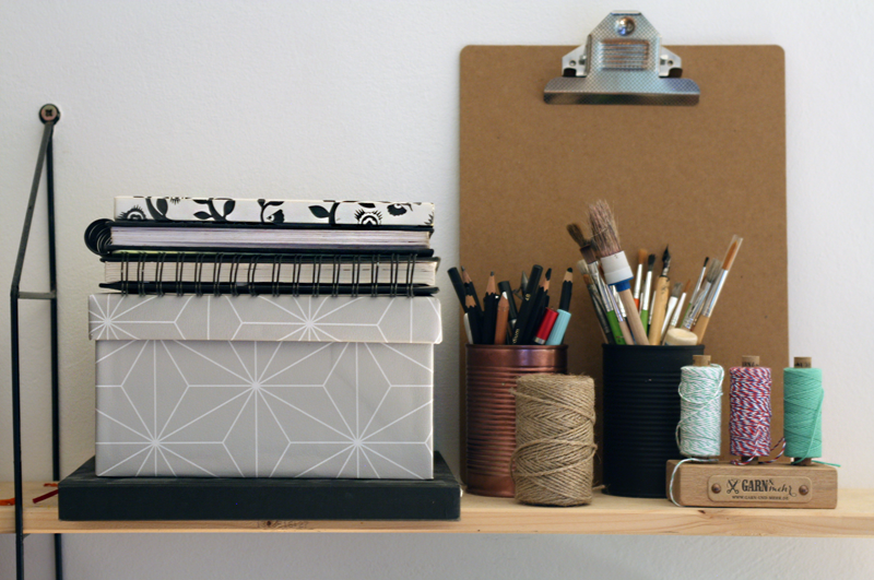 Stylische DIY Pappschachtel aus Tapete