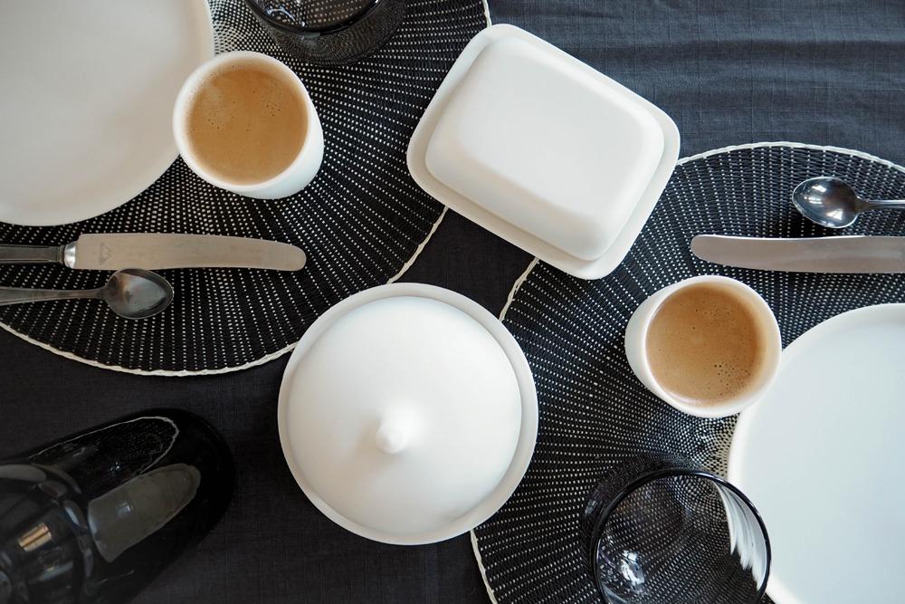 Table Setting with Artdentity Porcelain – www.craftifair.com
