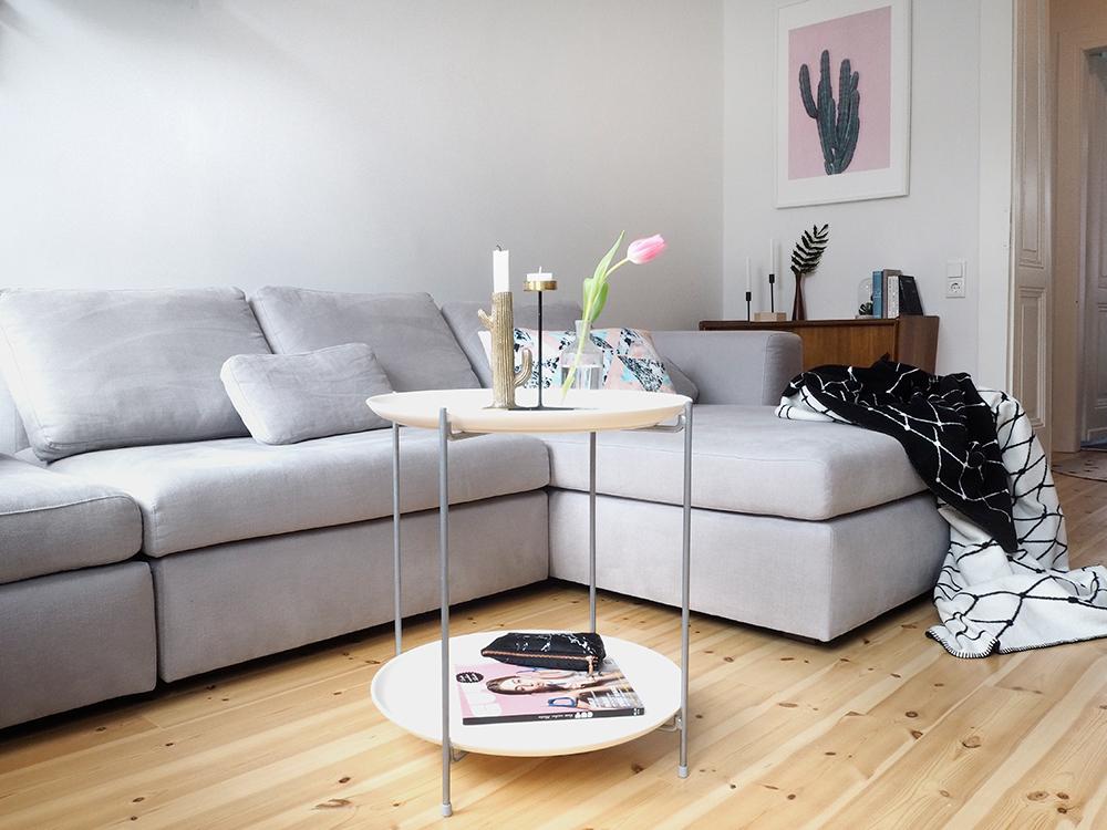 Neues Wohnzimmer + neues Sofa von Sitzfeldt.