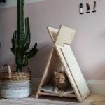 DIY Katzentipi – Schlafplatz und Kratzmöbel in einem