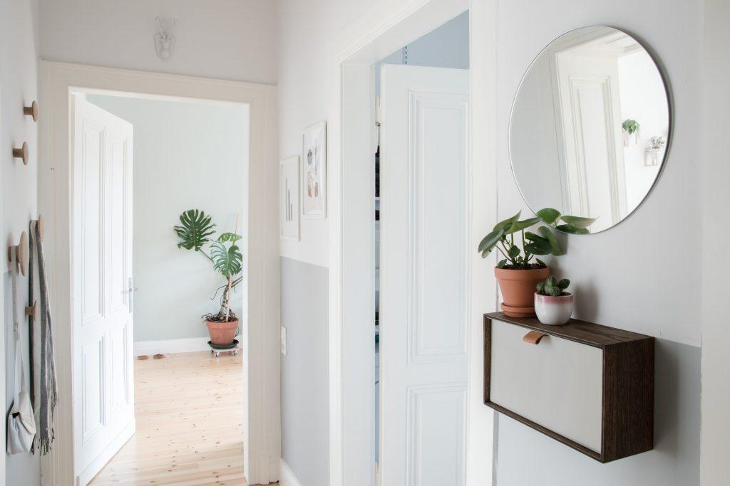 4 einrichtungstipps f r einen kleinen flur craftifair. Black Bedroom Furniture Sets. Home Design Ideas