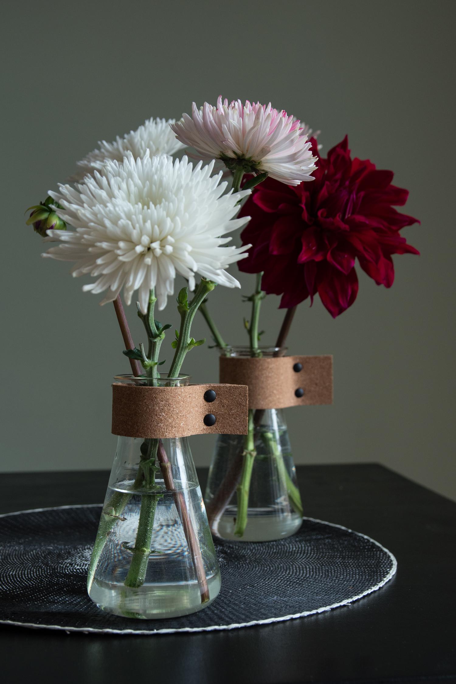 DIY vase with cork - www.craftifair.com