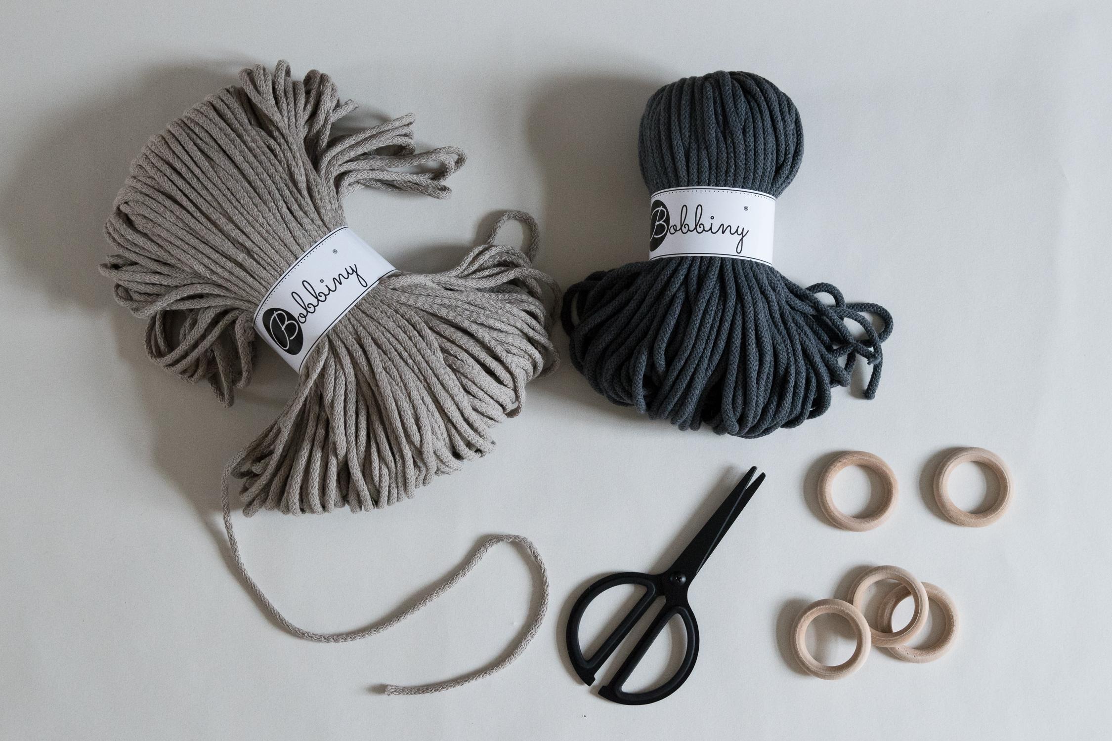 DIY Macrame plant hanger - www.craftifair.de