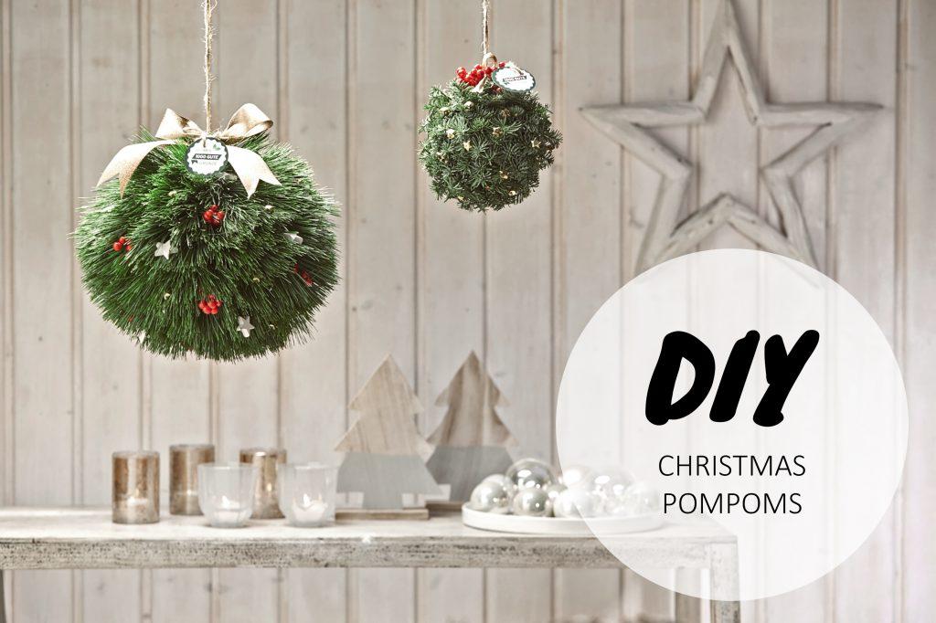 Weihnachtliche DIY PomPoms aus Nadelzweigen