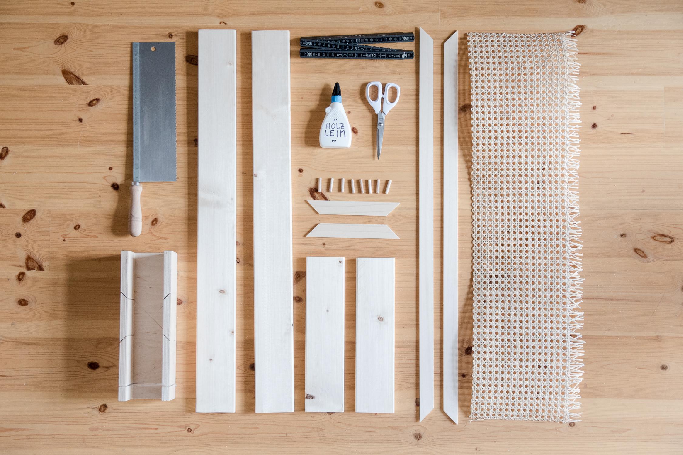 DIY Magazinhalter aus Holz mit Wiener Geflecht