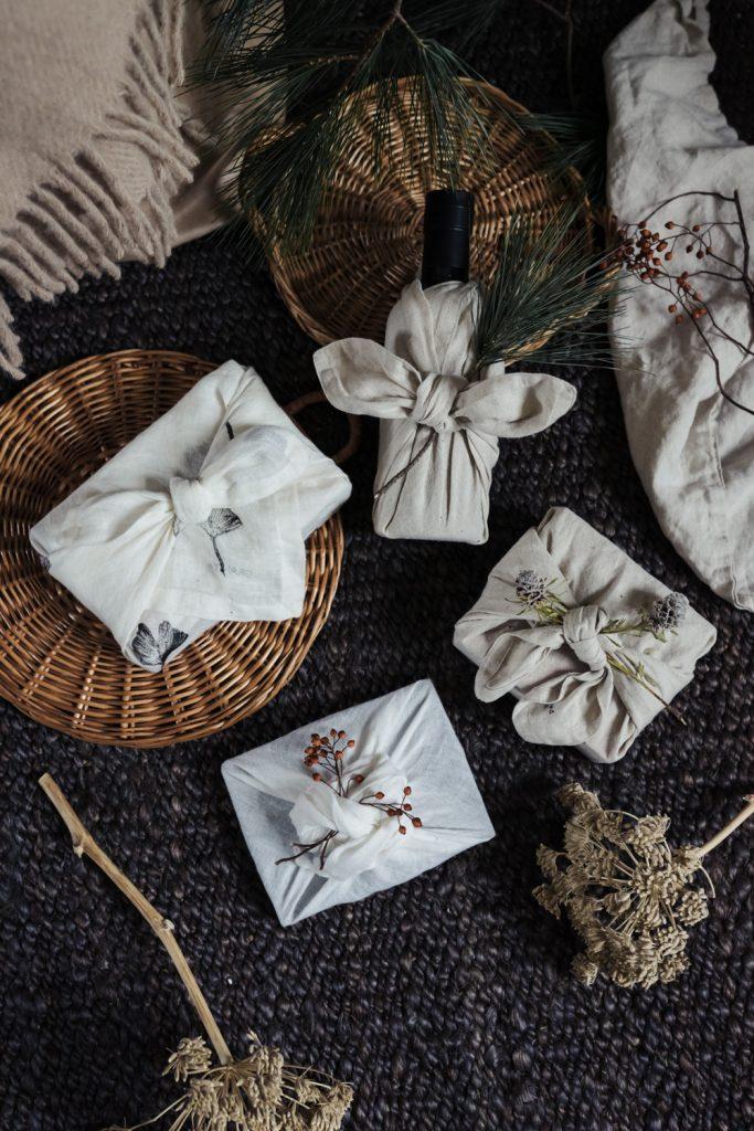 Geschenke japanisch verpacken – wunderschön und nachhaltig