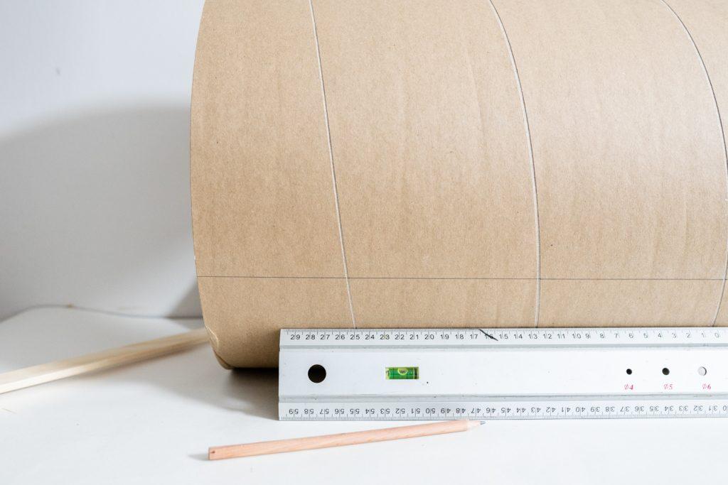 DIY Beistelltisch aus Holz und Keramik