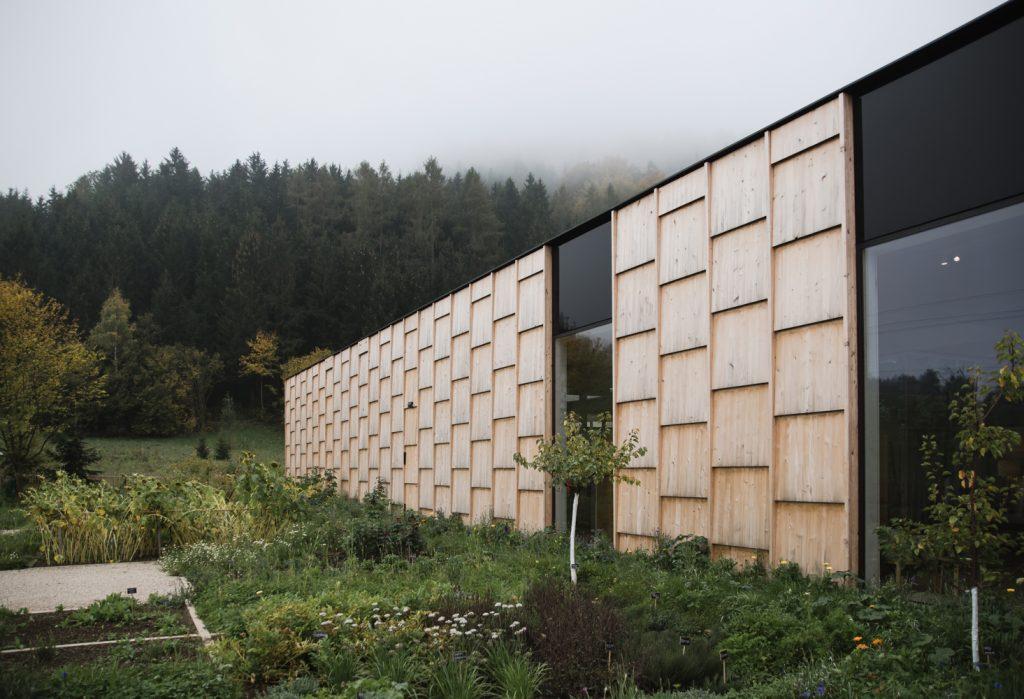 ZU Besuch in der Grüne Erde-Welt in Österreich