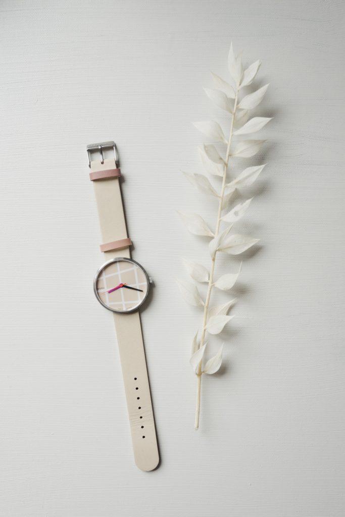 Bauhaus Uhr von Walter Gropius Design
