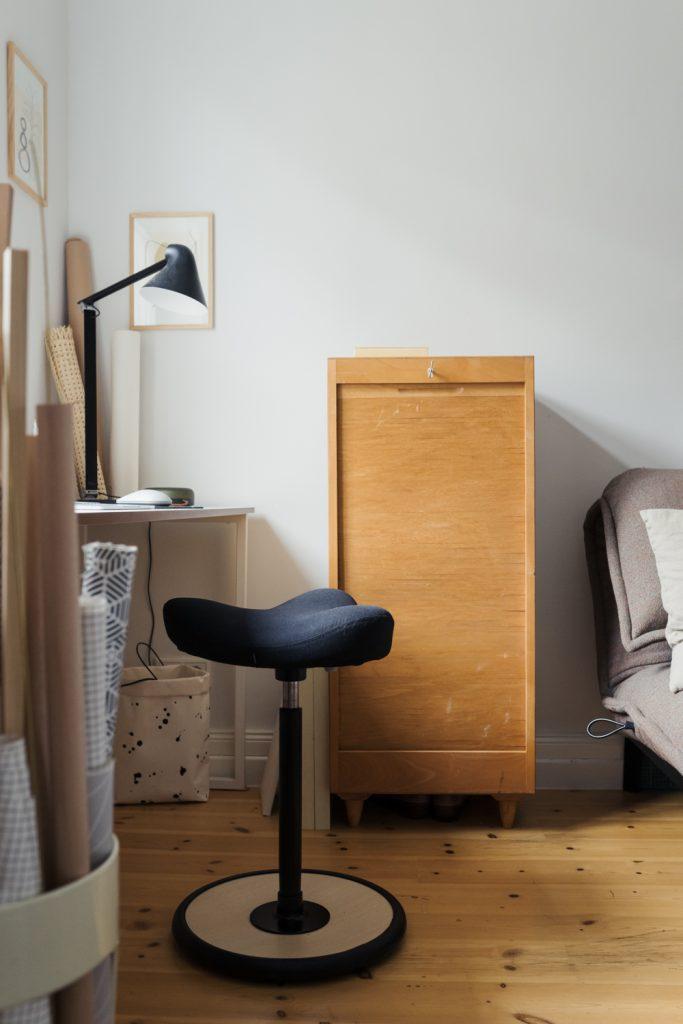 Homeoffice - Mit dem Move von Varier Furniture bleibst du auch im Sitzen in Bewegung